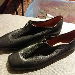 Gentle Souls loafers